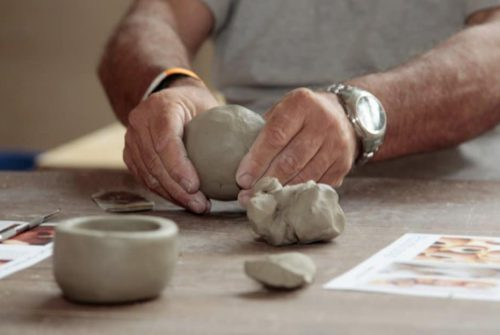 Moulding pottery